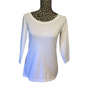 Lord & Taylor long sleeved top